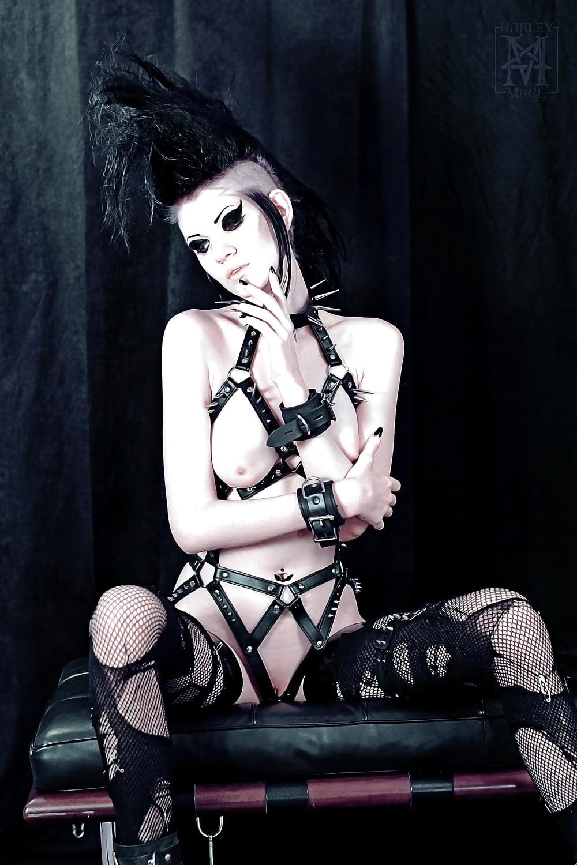 Xxx Gothic Girls