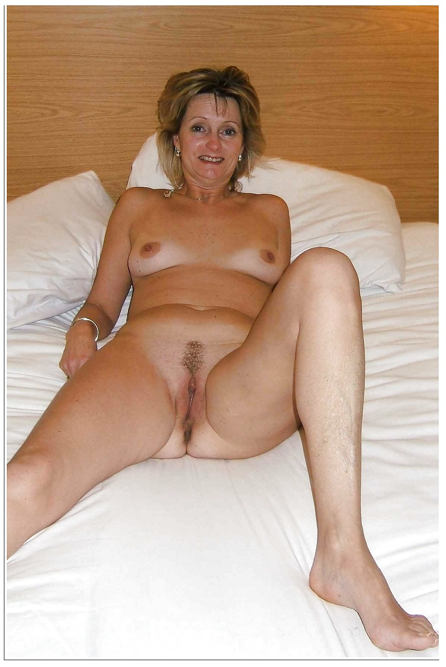 Old Woman And Sexy Matures Porn Pics