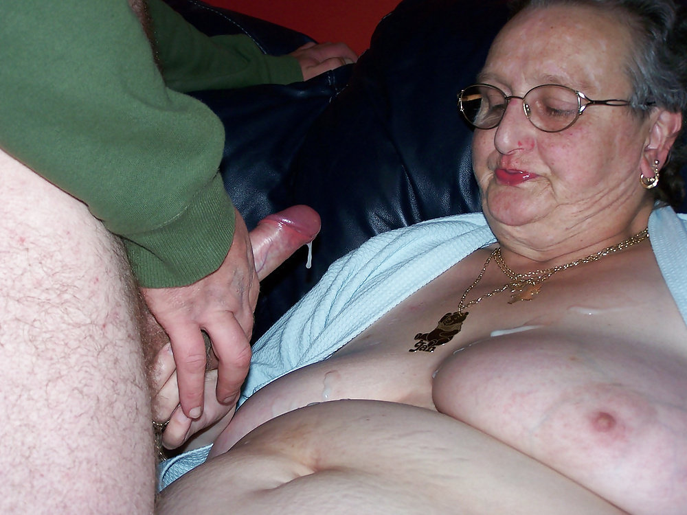 video-naked-video-granny-old-amateur-party-topless-free