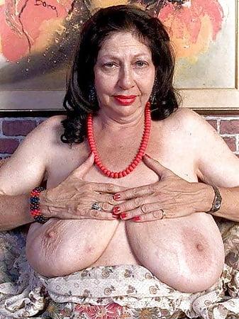 Ali bastian nude