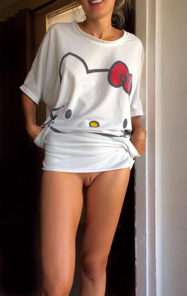 Sexy artwork naked girl underwear lingerie dessous shirt
