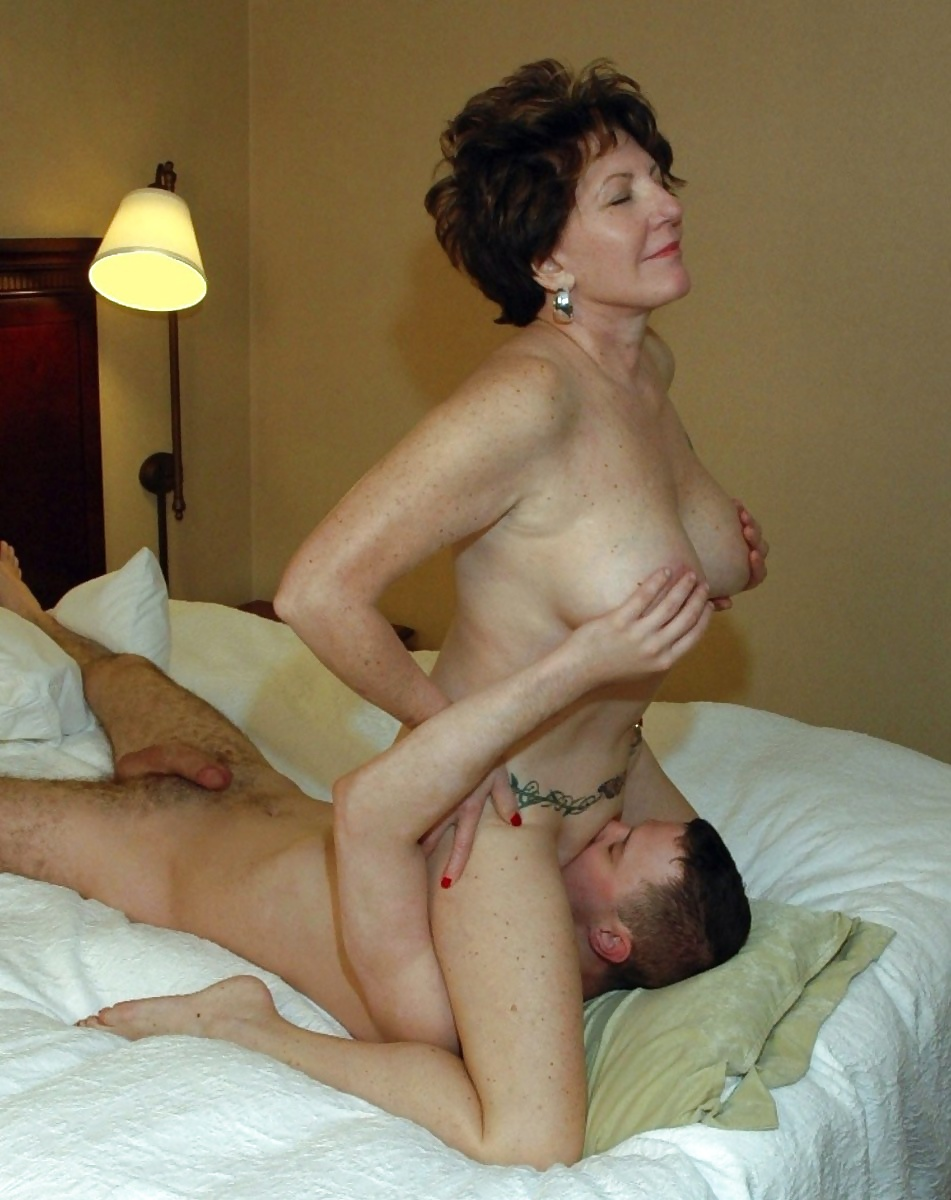 Mom with fat ass rides son xxx