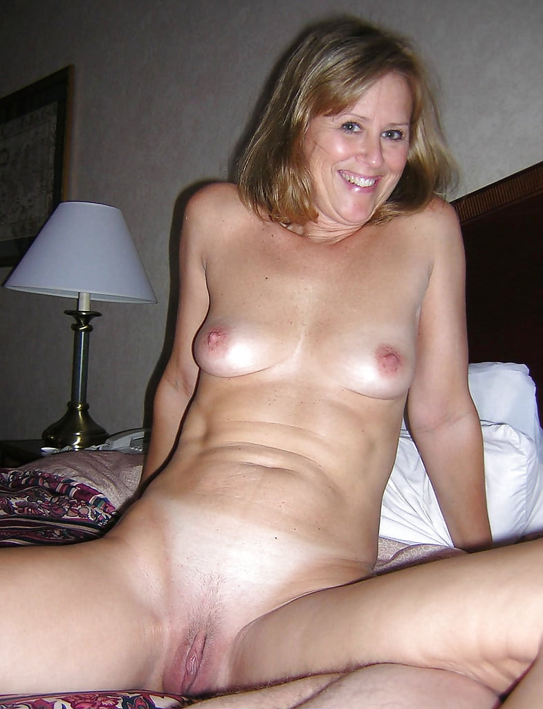 Amature hacked nude wives — 15