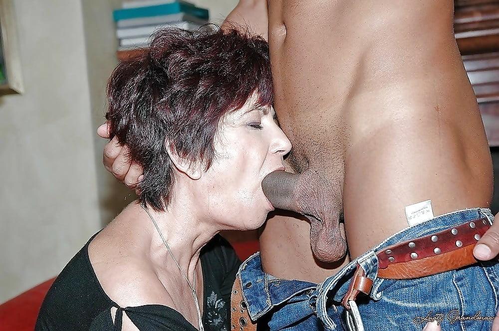Naked Men And Women Having Oral Sex