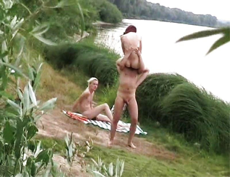 вам, девушки, девчонки подглядывают за купающимися парнями представил себе