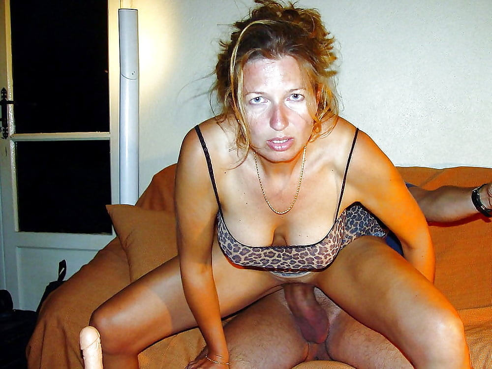 amateur-sex-chat-netherlands-mature-women-who-like-to-spank
