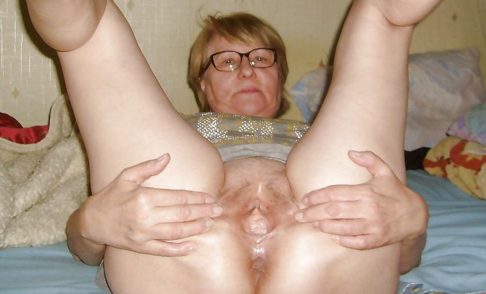Granny spreading picture