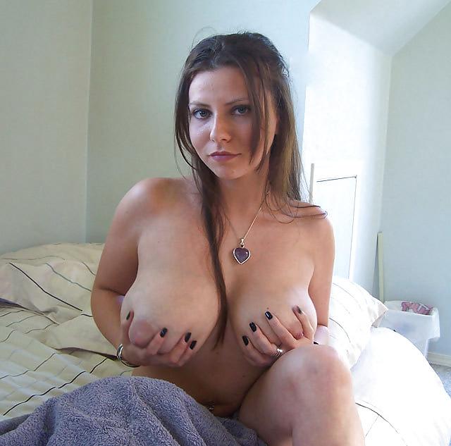 Mom small tits pics, hot cougar moms porn galleries