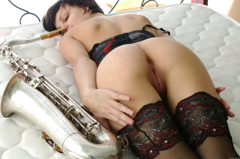 muzika-i-porno-domashnee-foto