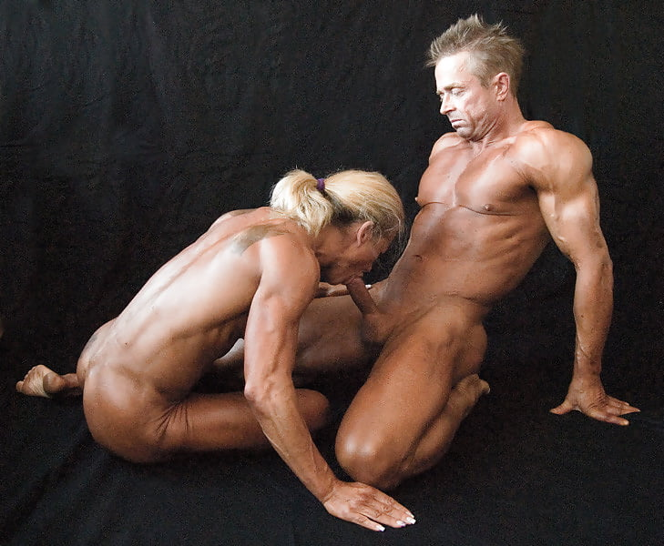 Интим фото гимнаст мужик трахает девушку качок лесби групповуха порно