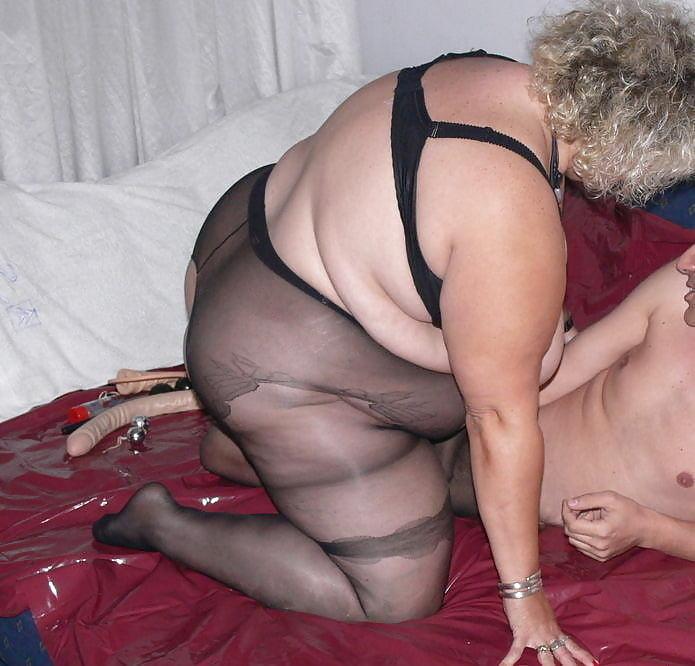 девушка который эро фото пожилых толстых шлюх зарегистрированные участники могут