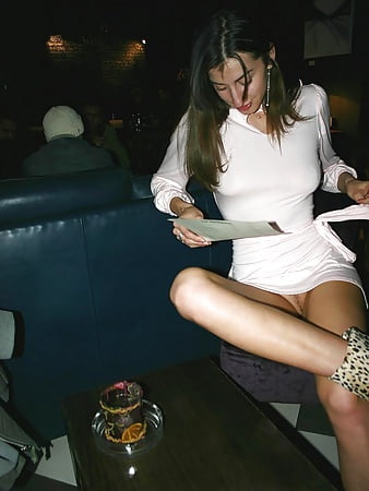upskirt and no panties amateur pics