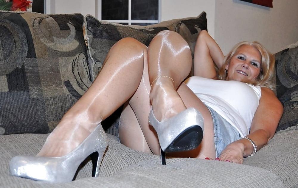 Hot women masturbation videos