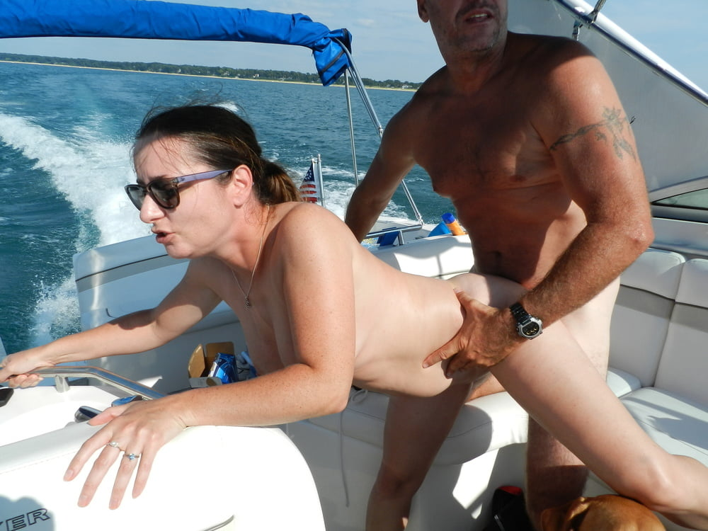 Amateur boat fuck, naked girl ride penis