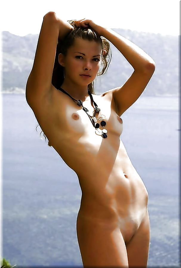 Sexy naked young lady-1415