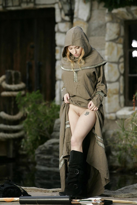 Bridget nielsen bottomless cosplay naked pics herpes vagina
