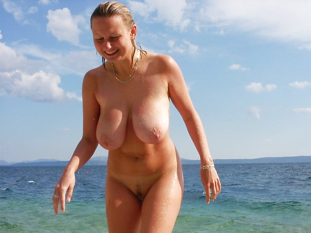 Фото голые дамы на пляже — pic 11