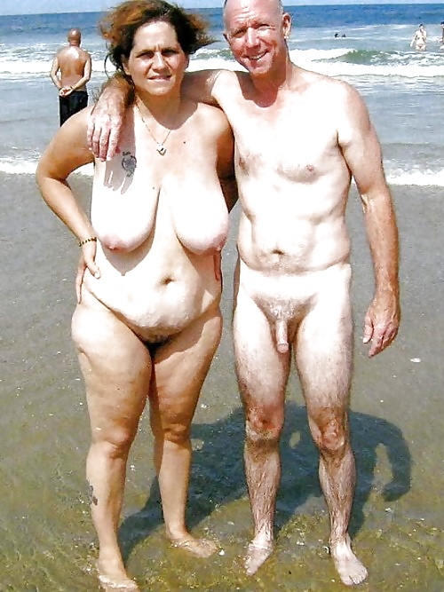 Naked mature couples-6252