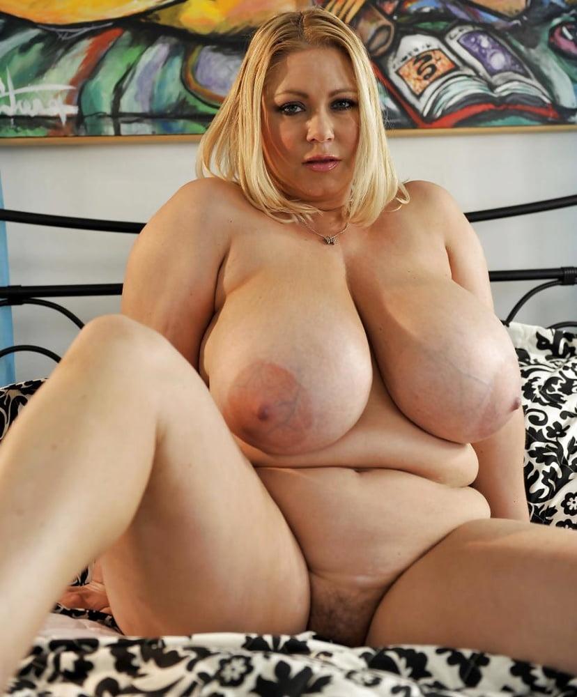 Chubby Bbw Big Tits Rides Cock
