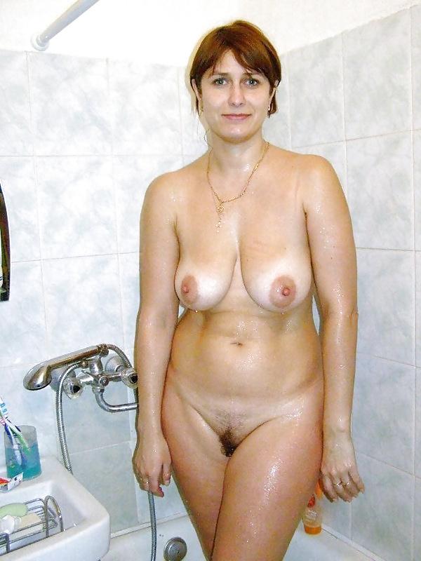 Cum on my stepmoms tits