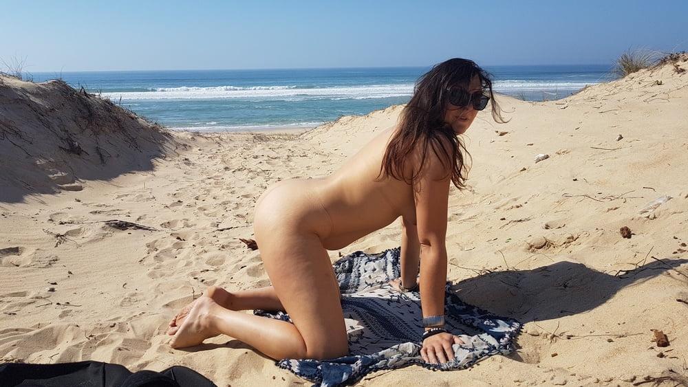 Bitch beachoutside cochonne a la plage en public- 35