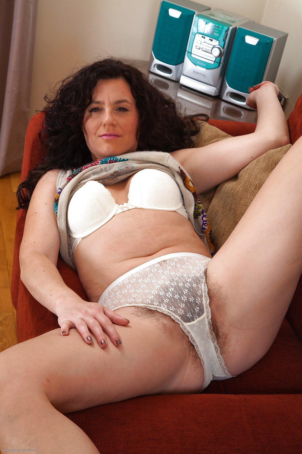 Free best old women in panties