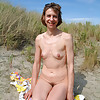 Hairy wife Cleo waiting for you!(Camaster)