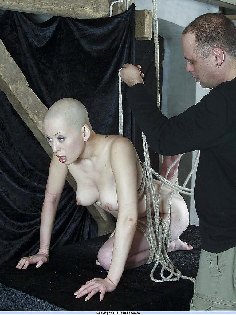 возбудив фото лысых проституток стоны, различные