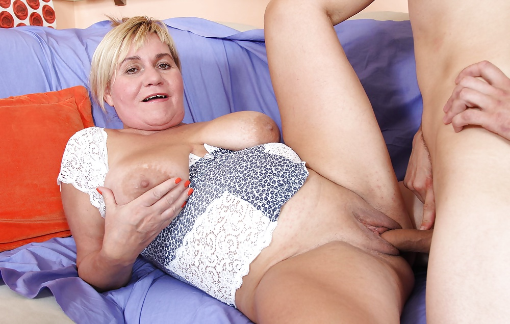 older-women-and-young-babes-xxx-porno-for-pyros-band
