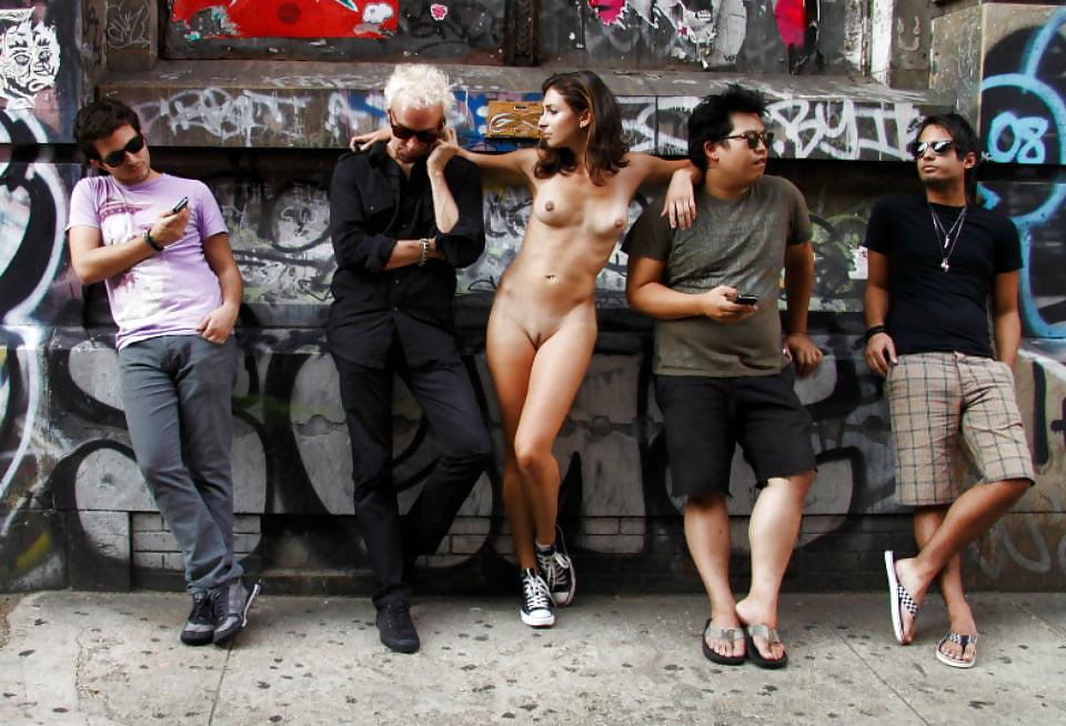 секс праздники на улицах городов