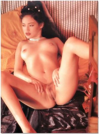 Sexy blonde amateur gloryhole porn