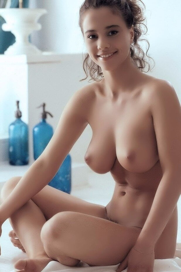 Beautiful babes naked pics-9473