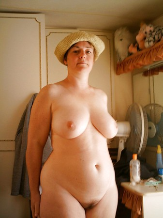 Nicki minaj naked and sexy