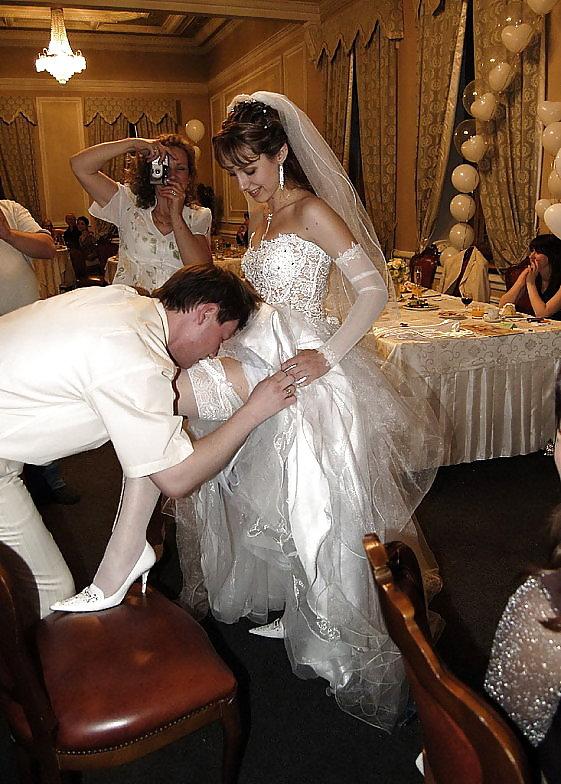 общество создало русский свадебный разврат живут