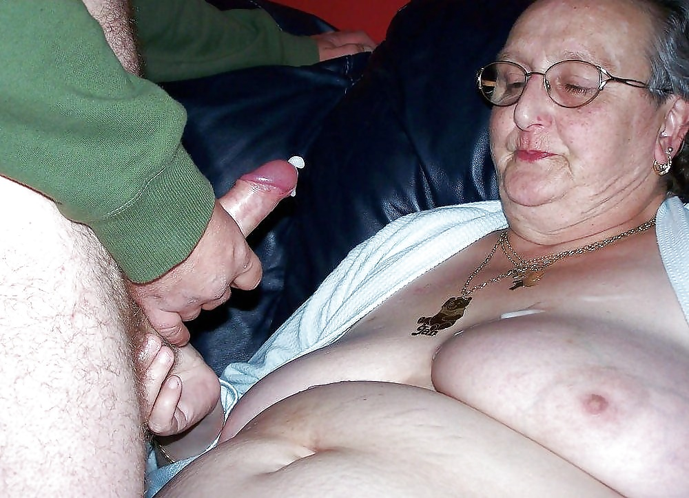 Real amateur granny sex — pic 7
