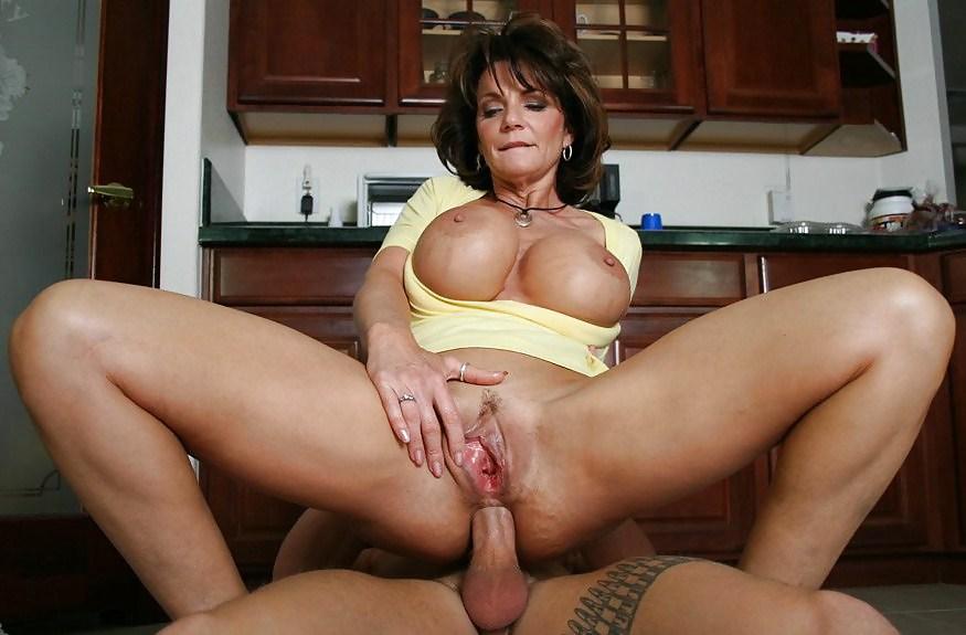 Deauxma big boobs 9
