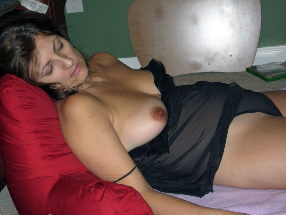 Sleeping Mom Tits