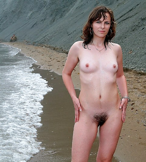 Wife Goes Nude At The Beach Around Strangers - Jack Off -3817