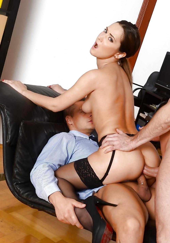Смотреть порно онлайн с начальницей азиаткой