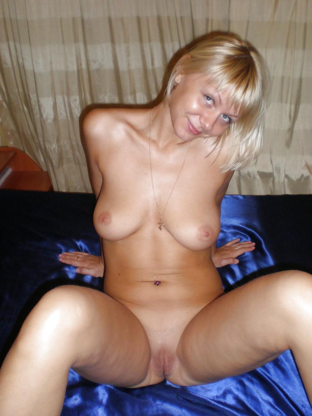 Голые бляди домашнее фото, порно с чичолиной смотреть онлайн