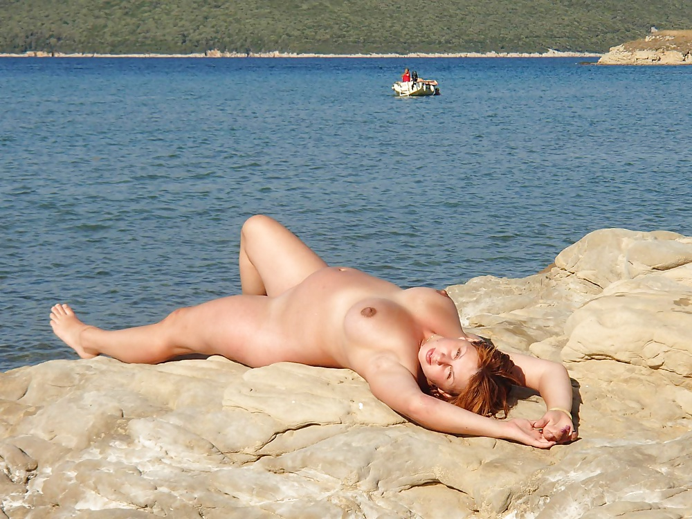 жена на море голышом - 2