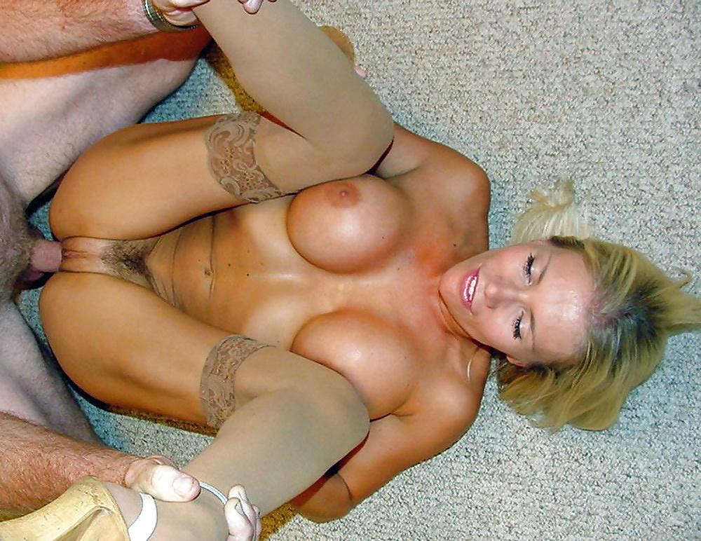 Dirty blonde milf nude
