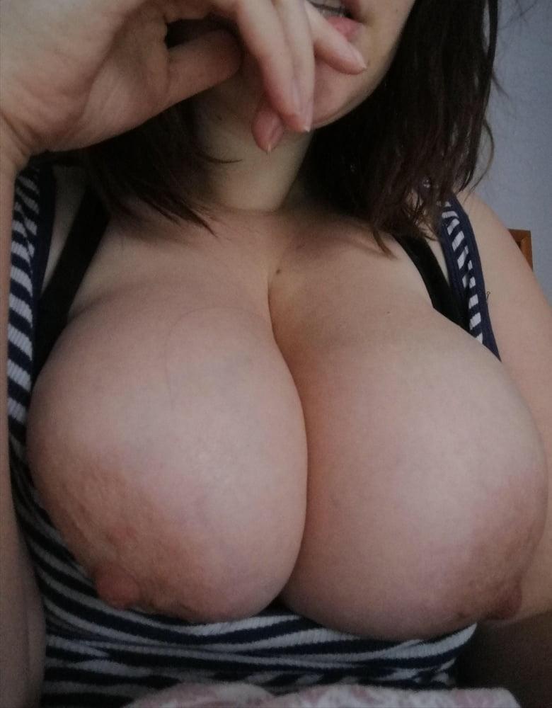 Huge tits reddit