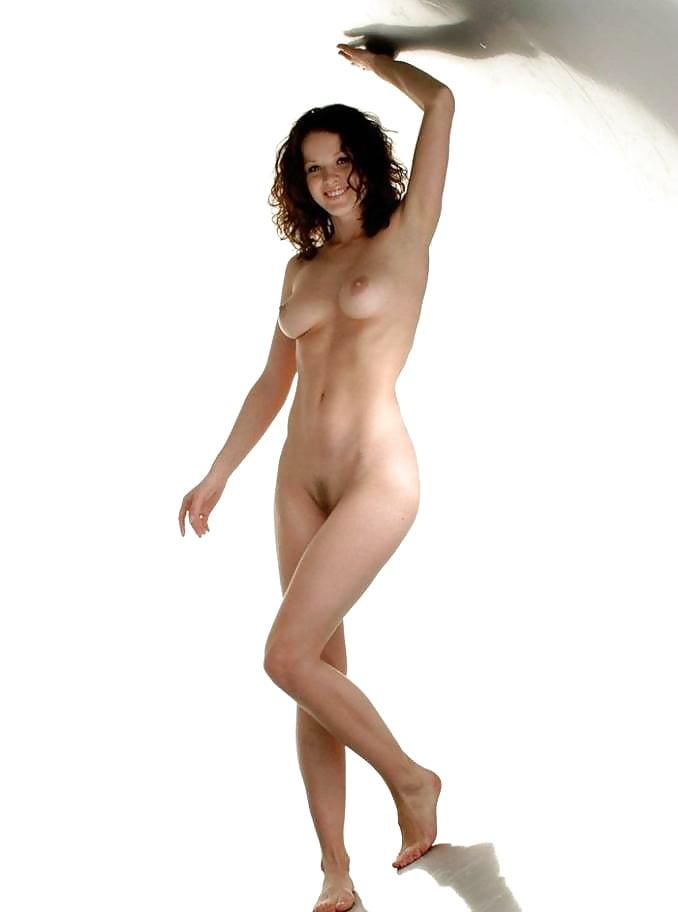 Sexy Heather Graham Nude Boobs