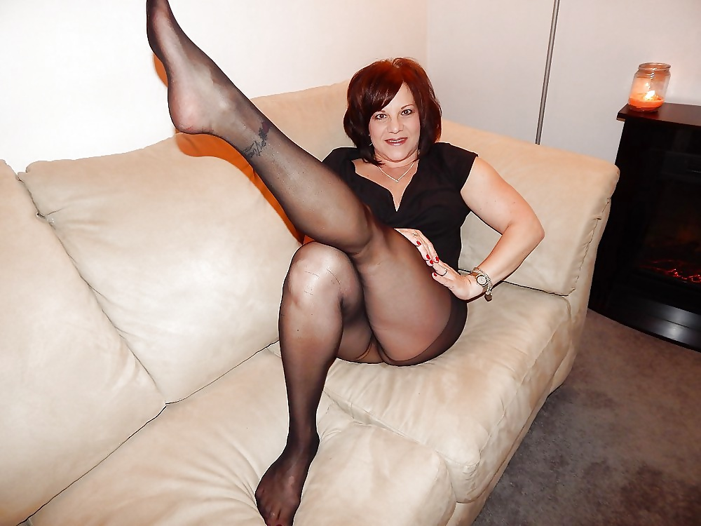 sexy-mature-tights