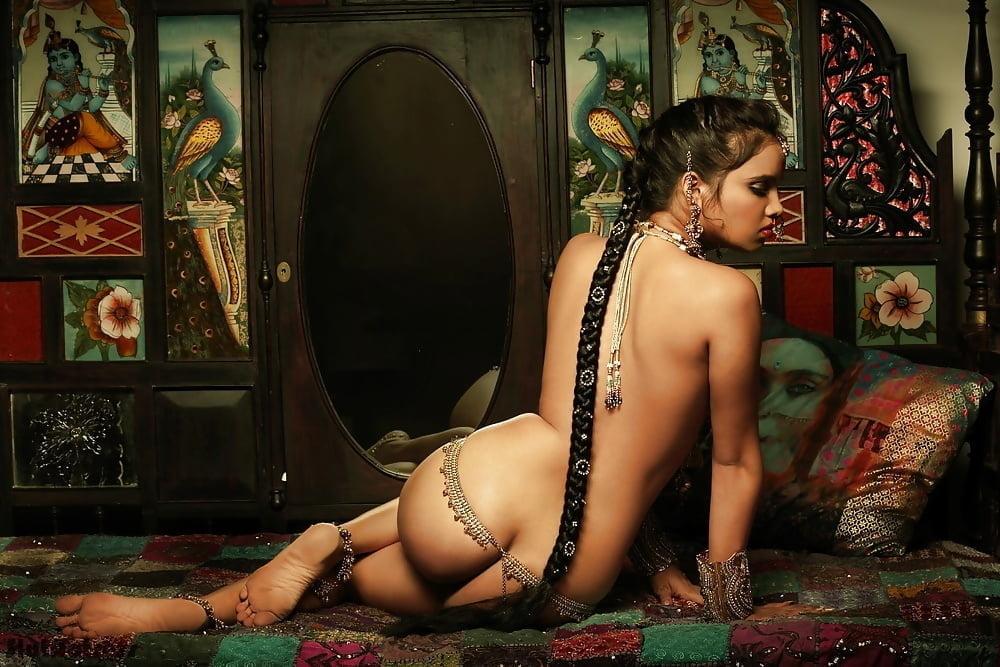 Artistic Indian Nude Beautiful Fashion Model Shanaya Naked