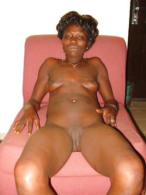 naked-kenyan