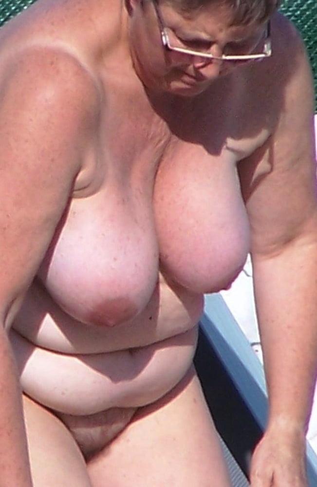 Cam4 skinnylatina amateur home nude photos