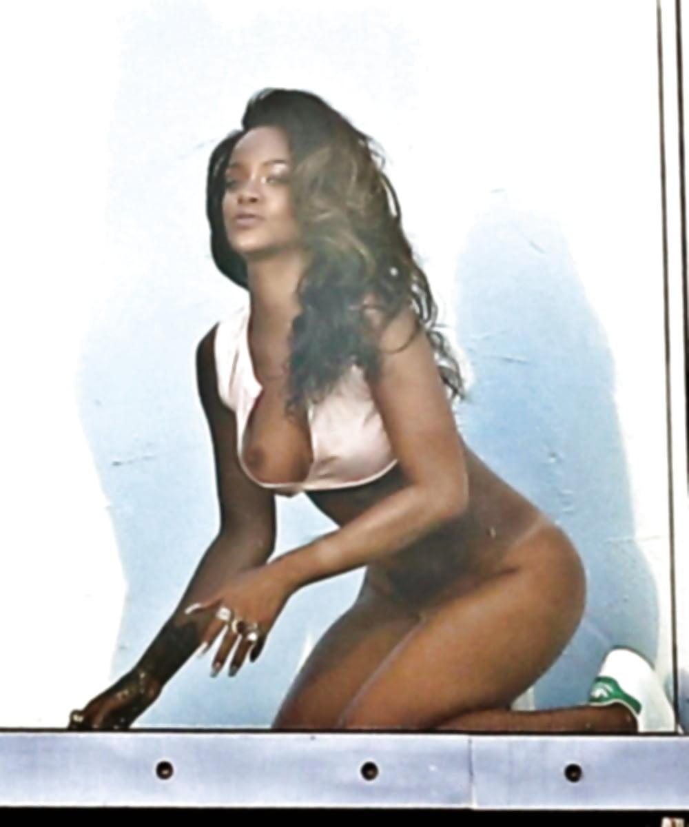 Rihanna Arsch