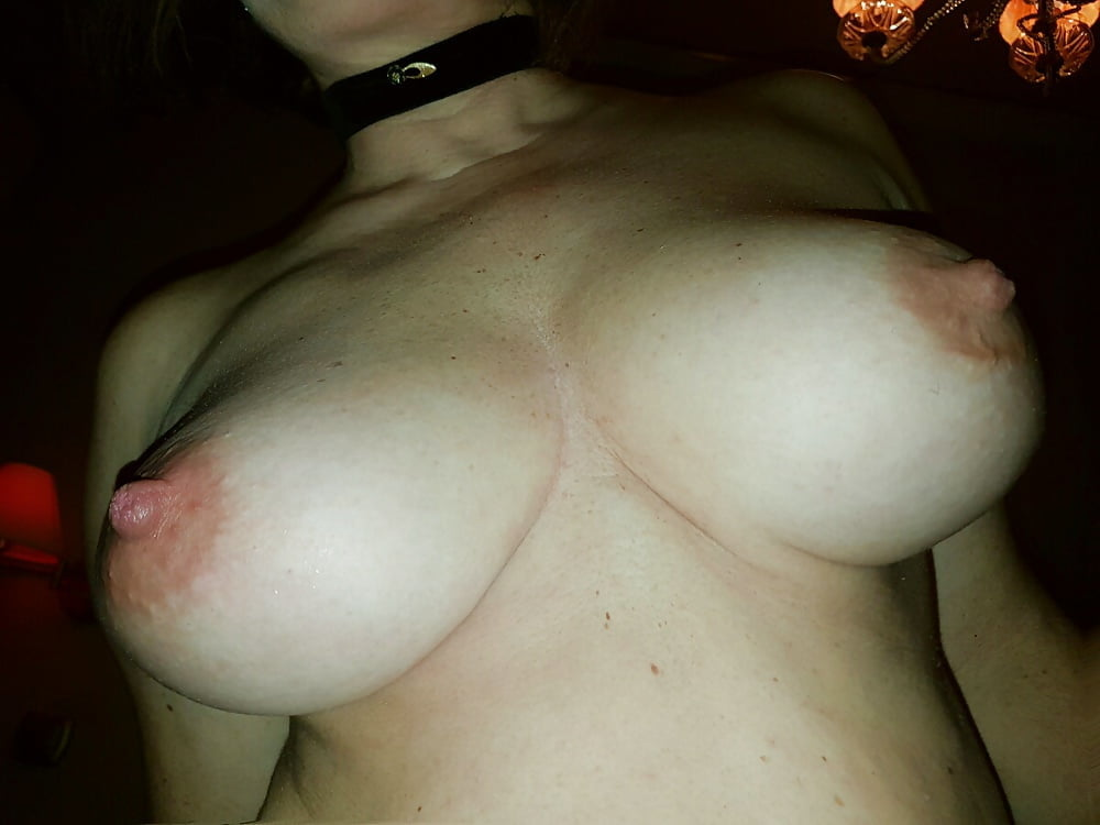 Busty blonde spectacular nipples top huge - 241 Pics